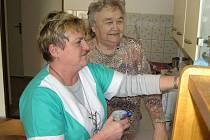 Senioři v Brandýsku  budou asi brzy řešit velký problém. Obec nemá dostatek peněz na provoz tamního domova s pečovatelskou službou. Kraj své dotace rok od roku snižuje a pro brandýseckou pokladnu je to příliš velká zátěž.