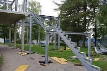 Zimní stadion Kladno k 11. září 2014. Nové schody k tribuně.