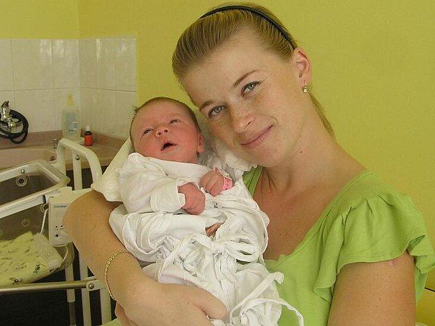 Michaela Velíšková, Obora, 3.10.2009, váha 3,99 kg, míra 52 cm, rodiče Veronika a Miroslav Velíškovi (porodnice Kladno)