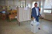Volby ve Slaném krátce po 14 hodině