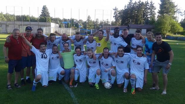 Baráž: Novo Kladno - K. Žehrovice 6:0 a 1:2.