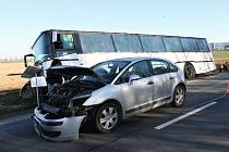 Dopravní nehoda v kladenské lokalitě Růžové pole.