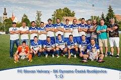 Slovan Velvary (v modrobílém) senzačně vyřadil v poháru České Budějovice.
