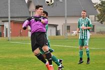 Fotbalová divize, skupina B: Sokol Houstoň - Tatran Rakovník 5:1.