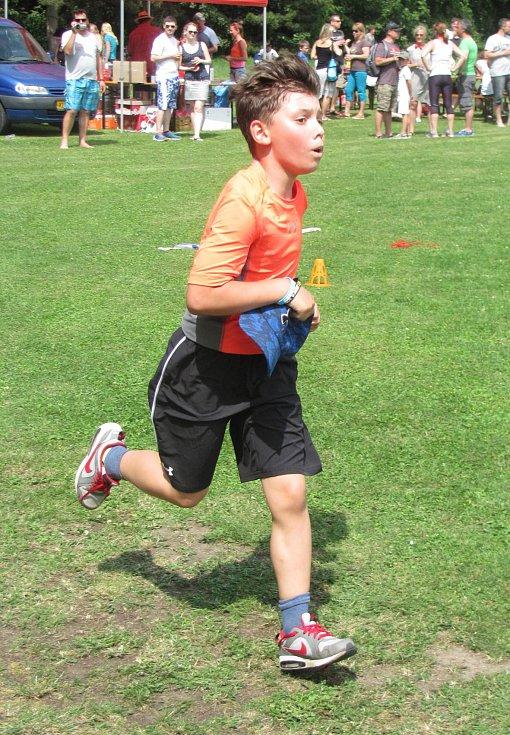 Smečenské sportovní hry. Smečno běželo pro Péťu.