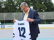 Slavnostní otevření zrekonstruované hokejbalové arény Kladno. Primátor Milan Volf