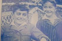 Bratři Pavel a Zdeněk Heitlerovi. Pavel byl učeň, Zdeněk chodil do školy v Unhošti. Oba byli zařazeni do transportu 24. října 1942 do Terezína, odkud je odvezli do Osvětimi. Zde umírají 26. října 1942.