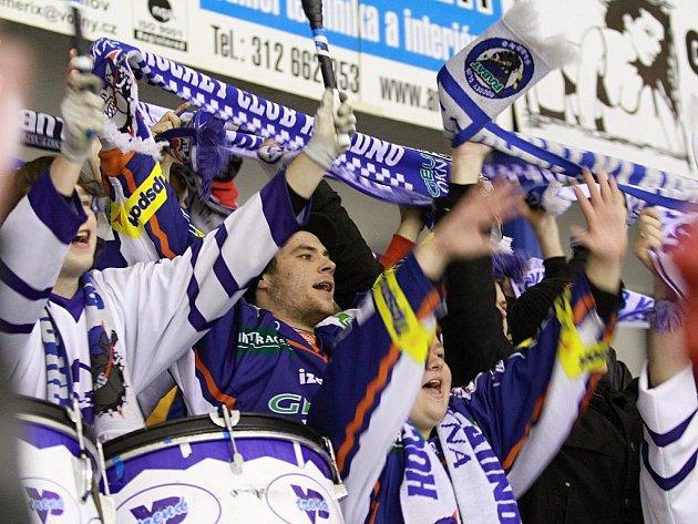 Kladenský kotel // HC Vagnerplast Kladno - HC Škoda Mladá Boleslav 2:1, O2  ELH 2010/11, hráno 3.12.2010