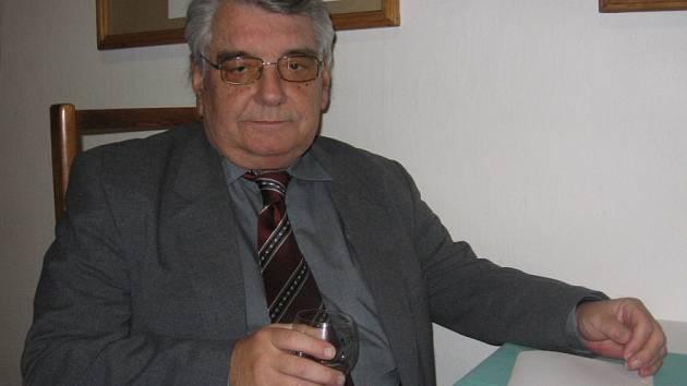 Zdeněk Šíma  na vernisáži pohovořil o své sběratelské vášni.