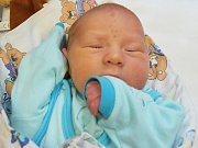 VLADISLAV KUČERA, KRALUPY N. VLT. Narodil se 8. září, po porodu měřil 51 cm a vážil 3,52 kg. (porodnice Slaný).