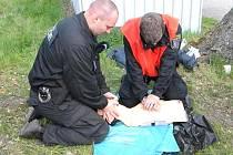 Strážníci jsou pravidelně školeni v první pomoci