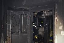 Nedělní požár v rodinném domě v Pleteném Újezdu, hasiči vyjížděli k události ve 2:50 hodin
