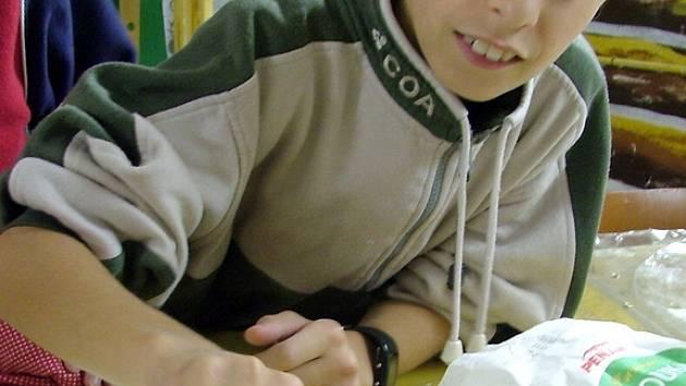 Volnočasové aktivity pro děti z největšího kladenského sídliště pořádá středisko čtyřikrát do týdne.