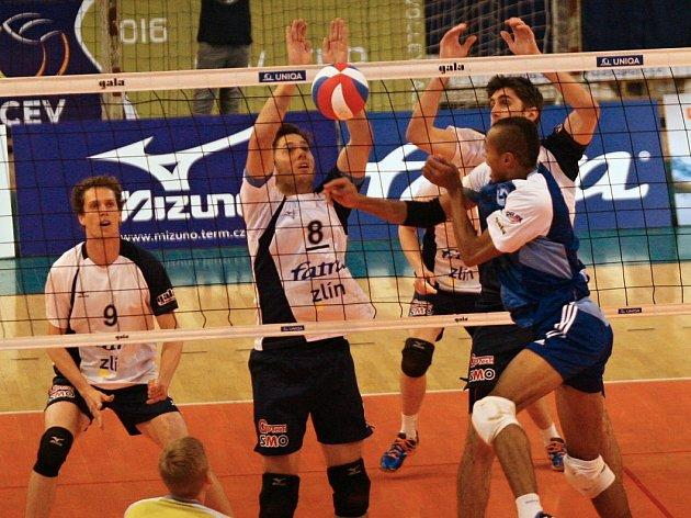 Volejbalisté Kladna nehráli ve Zlíně špatně, ale o body domácí Fatru neobrali.