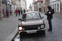 Slánští strážníci musí řešit řadu kuriózních záležitostí. Dítě nebo zvíře zavřené v autě může být  problém.