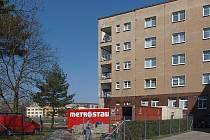 Po dokončení vytvoří přístavba Domova pro seniory v ulici Fr. Kloze v Kladně se stávající budovou jeden celek.