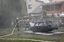 Slavnost založení jednotky hasičů v Buštěhradu.