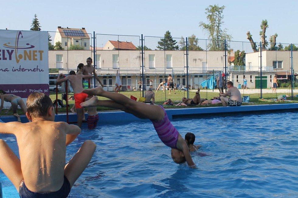 Letní pohoda na slánské plovárně