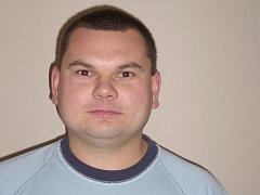 Milan Drobný je velitel Sboru dobrovolných hasičů Poštovice od roku 2003