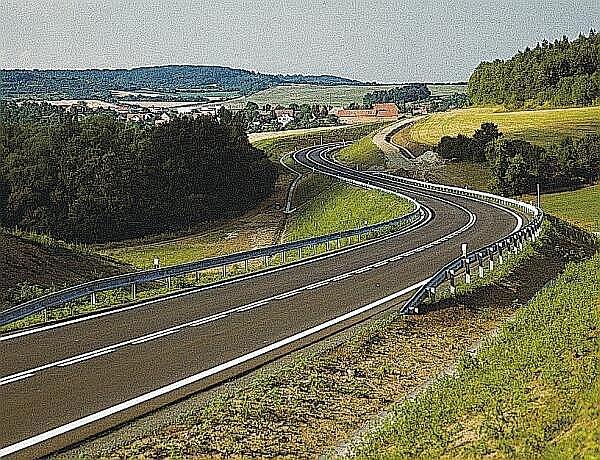 Takto podobně jako přeložka silnice Velvar - Nová Ves by mohl vypadat iobchvat Slaného. Kdy to bude, je ve hvězdách.
