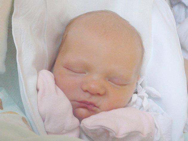 Anna Fuitová, Braškov-Valdek. Narodila se 25. prosince 2014. Váha 3,05 kg, míra 51 cm. Rodiče jsou Veronika a Jakub Fuitovi (porodnice Kladno).