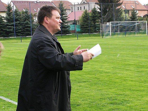 Trenér Hostouně Zdeněk Mužík