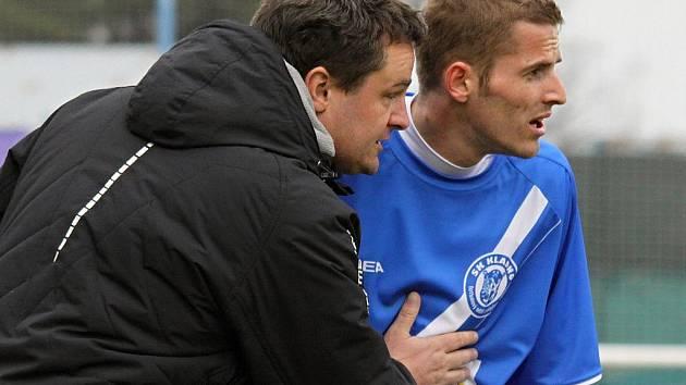 Jaroslav Peřina udílí pokyny // SK Kladno a.s. - Sparta Praha B a.s. 0:0 (0:0), 2. kolo Gambrinus ligy 2009/10, hráno 20.3.2011