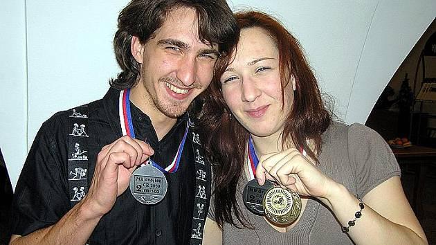 Martin Málek a jeho mechanik, sestra Veronika