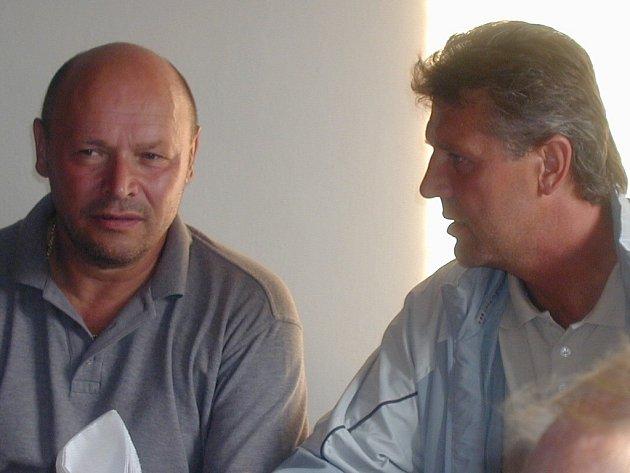 K jednání s Josefem Chovancem (vpravo) se nyní Miroslav Koubek může lehce dostat.