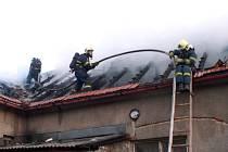 Požár rodinného domu v Libušíně.