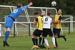 SK Hřebeč - FK Kosoř 2:1 (2:1), KP, 16. 10. 2021