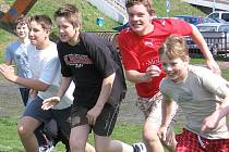 Při Olympiádě dětí a mládeže ve Slaném chtějí překonat český rekord