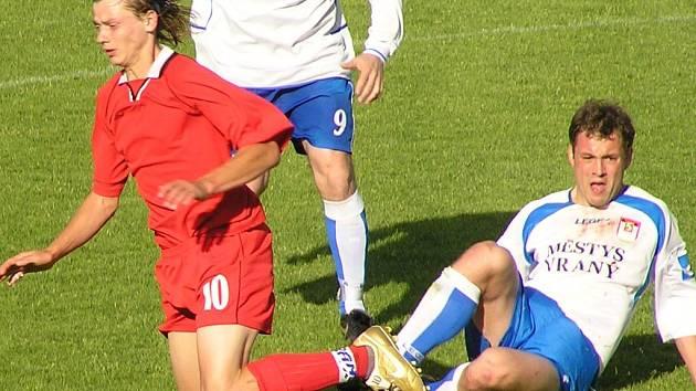 Michal Kedroň (vlevo) vstřelil do sítě Mělníka svůj zatím životní gól.
