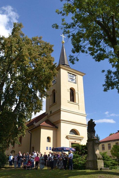 Kostel sv. Havla v Tuchlovicích.