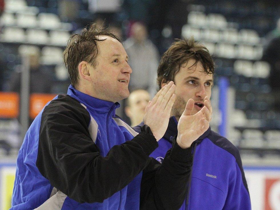 Rytíři zdolali Slavii nejtěsnějším výsledkem 1:0 a snižují čtvrtfinálový souboj na 1:2, hráno 14. 3. 2013. Pavel Patera a Jan Eberle