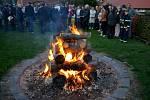 Zapalování vatry na Masarykovu počest 2019