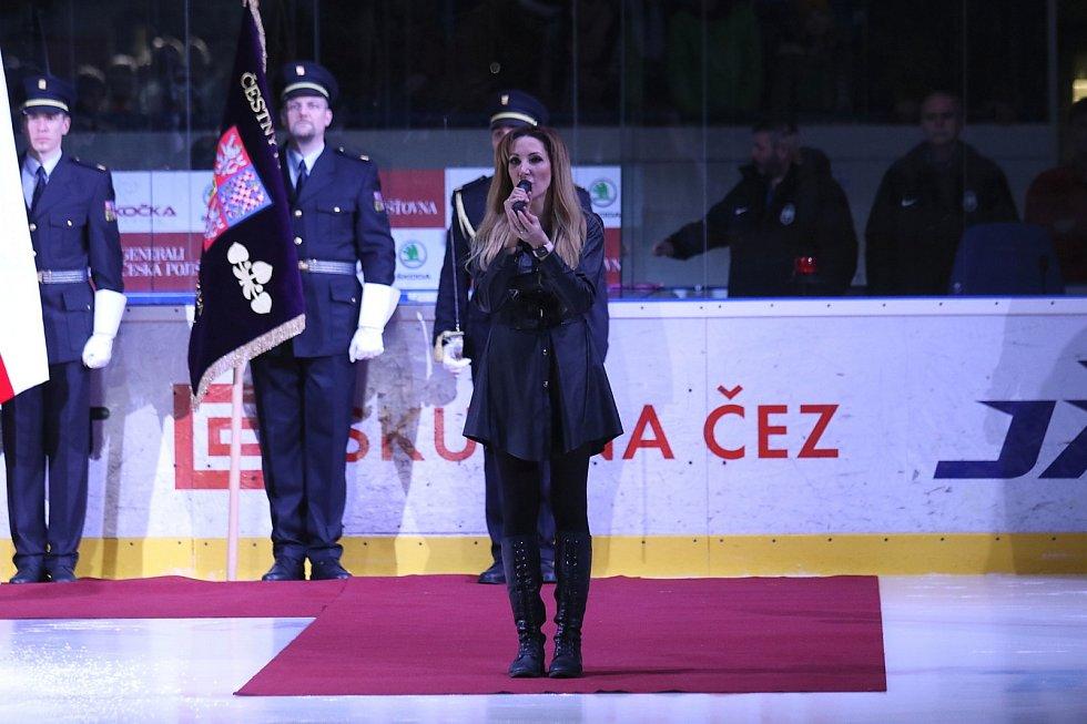 Kladno proti Mladé Boleslavi nastoupilo v úterý 3. března v černých nadačních dresech.Olga Lounová zazpívala v úvodu hymnu