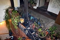 Požár rodinného domu ve Velké Dobré.