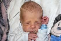 SEBASTIAN KALIVODA, PLCHOV. Narodil se 27. října 2019. Po porodu vážil 2,51 kg a měřil 47 cm. Rodiče jsou Veronika Grábnerová a Jaroslav Kalivoda. (porodnice Slaný)