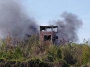 V areálu bývalé kladenské Poldovky opět hoří.