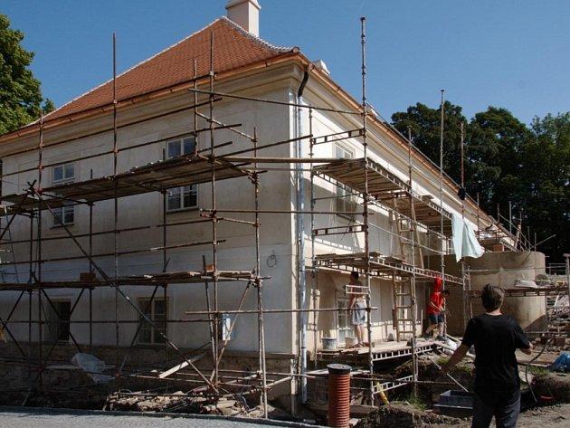 Rekonstruovaný zámek Koleč