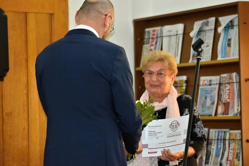 Středočeský Kramerius 2020 a 2021: předání ocenění pro nejlepší dobrovolné knihovníky ve Středočeské vědecké knihovně v Kladně.