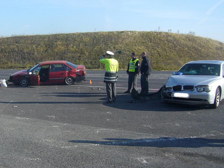 Nehoda se stala u odbočky na Tuřany