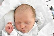 TEREZA KROPJOKOVÁ, KLADNO. Narodila se 17. března 2018. Po porodu vážila 3,24 kg a měřila 50 cm. Rodiče jsou Lucie Rabčanová a Jan Kropjok. (porodnice Kladno)