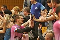 Kladno volejbal cz - SK Volejbal Ústí nad Labem 3:0, Kladno, 24. 11. 2018 / Dražba dresů v Rámci akce Movember