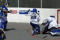 Strašecký Tóth dává jeden ze svých šesti gólů