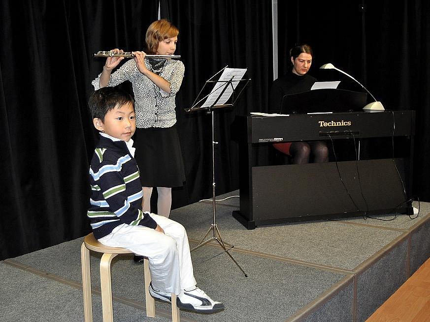 Pětiletý Kenny Kin Gi Lau je pravděpodobně nejmladším Číňanem, který kdy vystavoval v České republice.