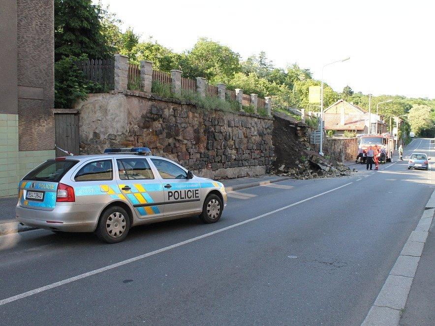 Zřícení zdi v Lázeňské ulici, 12. června