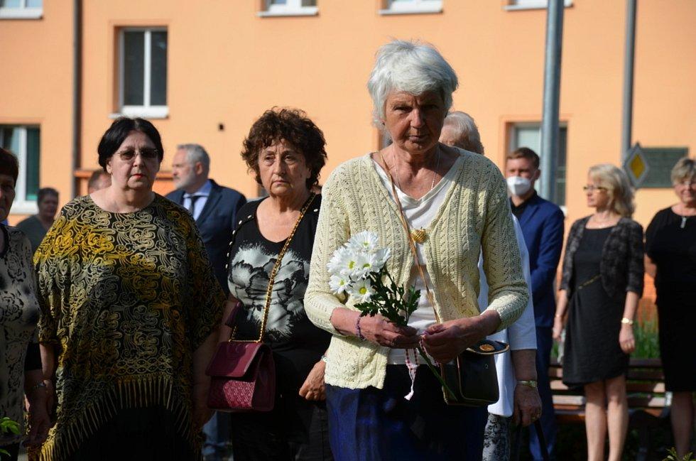 Pieta za lidické matky a děti se uskutečnila v kladenském gymnáziu.