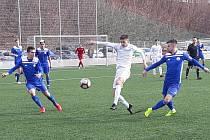 Velvary (v modrém) vyhrály v Trutnově nad Libercem B 1:0.